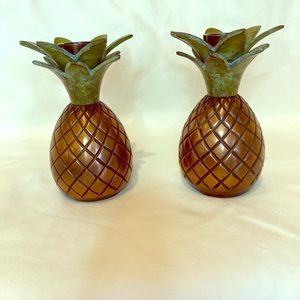 Pineapple candlestick holder